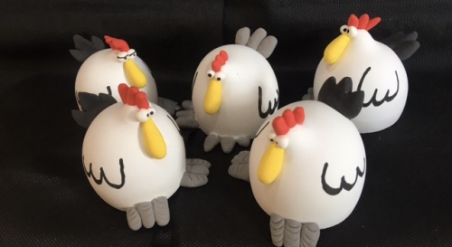 Figurines poules