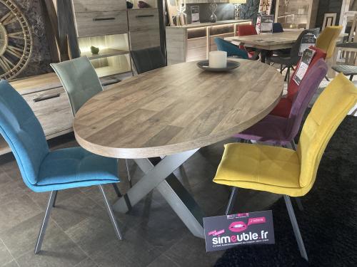Table ovale aspect parquet naturel