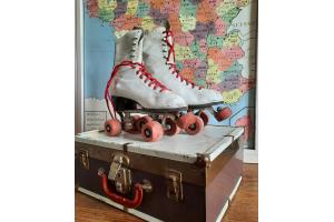 ancienne paire de rollers provenant USA dans leur valise