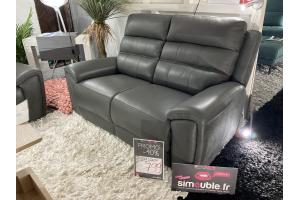Canapé 2 places fixe en cuir véritable et microfibre.